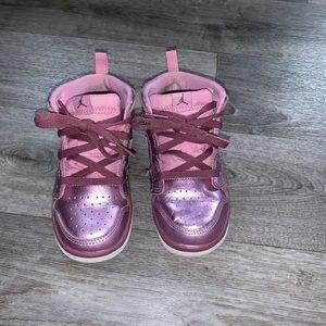 Jordan AJ 1 Mid sneakers
